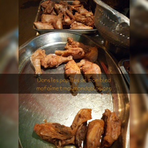 Cuisses de poulet à 500 Francs CFA / Crédit photo : Votre espionne culinaire